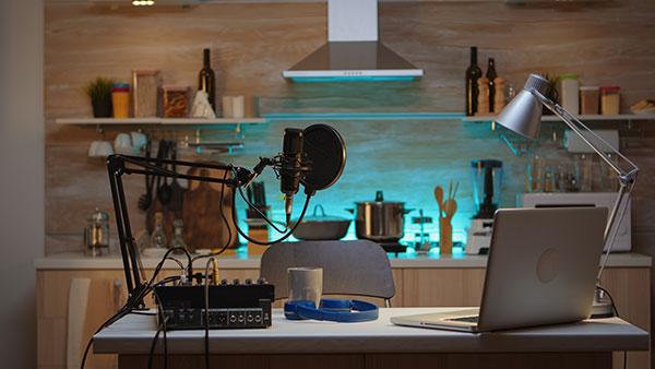 podcast-home-studio